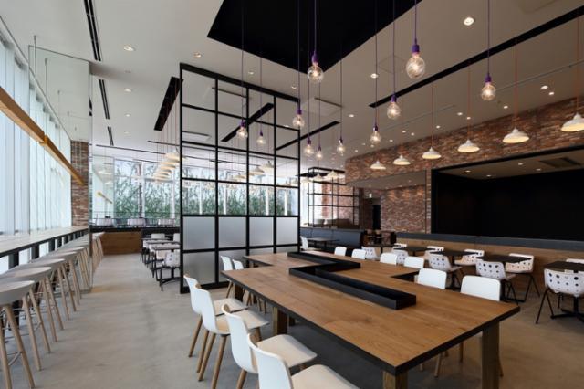 シャープ大阪事業所西日本ロジスティクスセンターの画像・写真